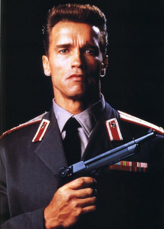 http://server1.intermedia.ge/pictures/medium/28/28408.jpg?/ARNOLD-SCHWARZENEGGER.jpg