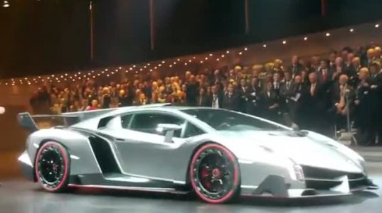 Lamborghini Veneno High Revs Sound World Premiere Geneva 2013
